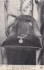 Почтовая карточка   Крест и шляпа Наполеона